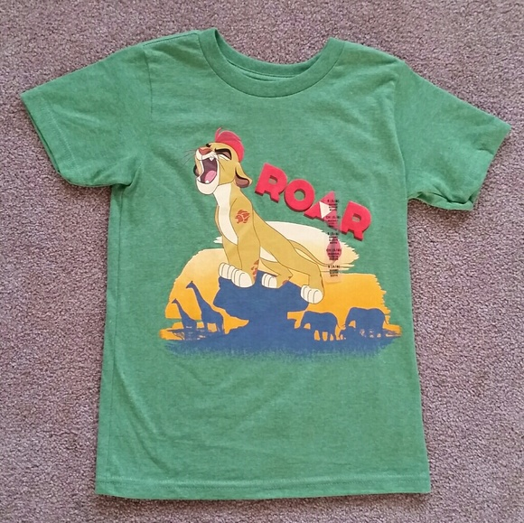 b7feb179 Disney Shirts & Tops | Nwt Lion King Tee | Poshmark